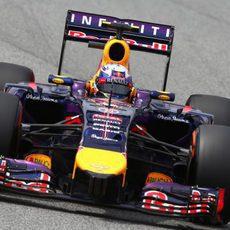 Podio para Daniel Ricciardo en Montmeló