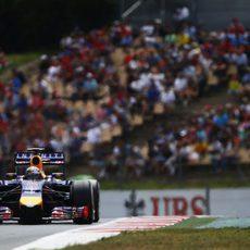 El nuevo chasis de Sebastian Vettel funcionó correctamente