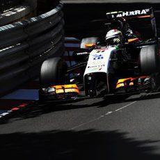 Sergio Pérez partirá décimo en Mónaco