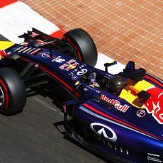 Sebastian Vettel tuvo un problema con el ERS