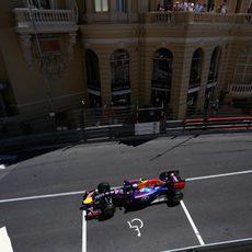 Daniel Ricciardo apretará a los Mercedes en la salida