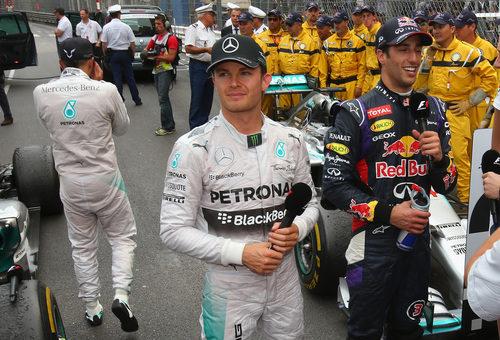 Nico Rosberg y Daniel Ricciardo, juntos tras la carrera