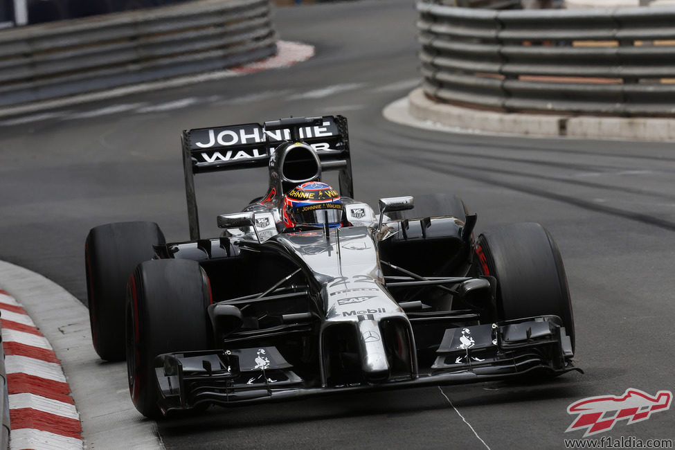 Jenson Button regresó a la zona de puntos