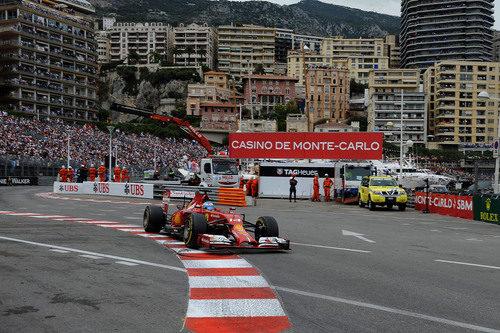 Fernando Alonso tuvo una mala salida