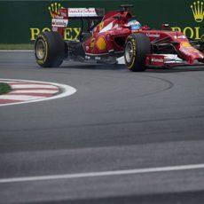 Fernando Alonso se lleva el primer tiempo en los Libres 1