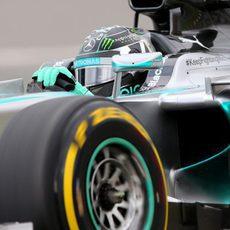 Nico Rosberg pilota el W05 en Montreal