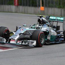 Nico Rosberg ataca los pianos de Montreal