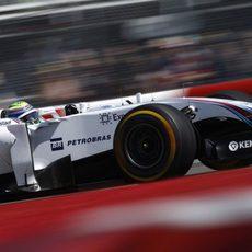 Felipe Massa exprime el neumático 'prime'
