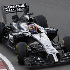 Curva a derechas para Jenson Button