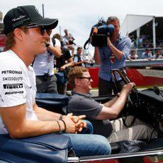Nico Rosberg durante el drivers parade de Canadá