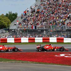 Kimi Räikkönen sigue la estela de Fernando Alonso