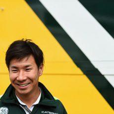 Un sonriente Kamui Kobayashi en Inglaterra