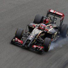 Romain Grosjean se pasa de frenada