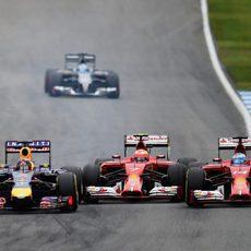 Vettel y Alonso adelantan a Räikkönen en Alemania
