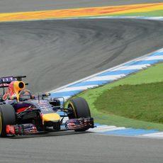 Sebastian Vettel casi llega al podio en casa