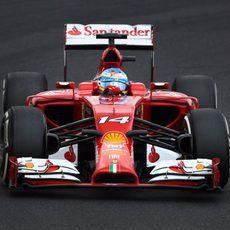 Fernando Alonso saldrá desde la parte limpia en Hungría