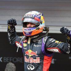 Daniel Ricciardo consigue la victoria en Hungría
