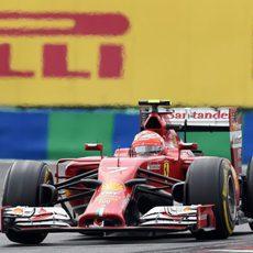 Kimi Räikkönen estuvo más cómodo con el F14-T