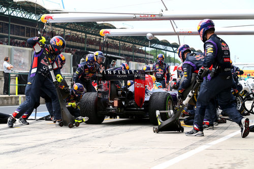 Parada en boxes de Sebastian Vettel