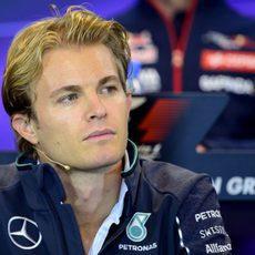 Nico Rosberg asistió a la rueda de prensa de la FIA
