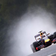 Sebastian Vettel vuela en Spa-Francorchamps
