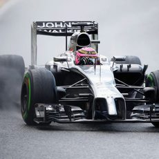 Jenson Button prefiere una carrera en seco en Bélgica