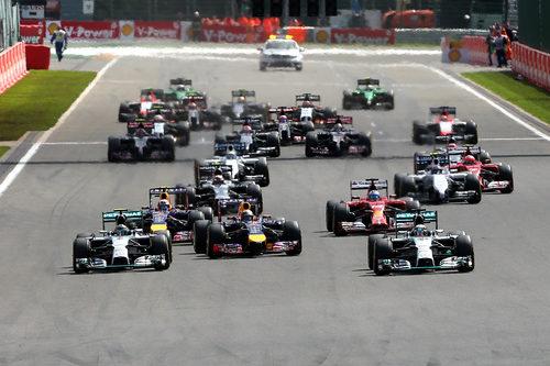 Salida del GP de Bélgica 2014