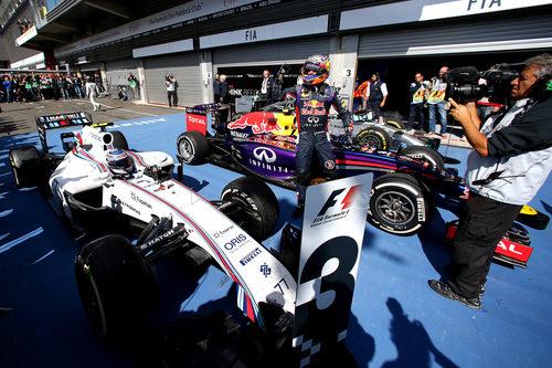 Daniel Ricciardo, en el parque cerrado de Spa