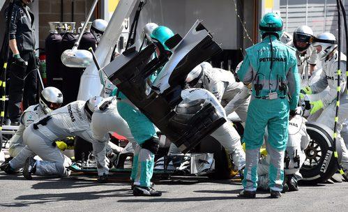 Cambio de alerón delantero para Nico Rosberg
