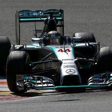 Lewis Hamilton se marcha de Spa sin puntos