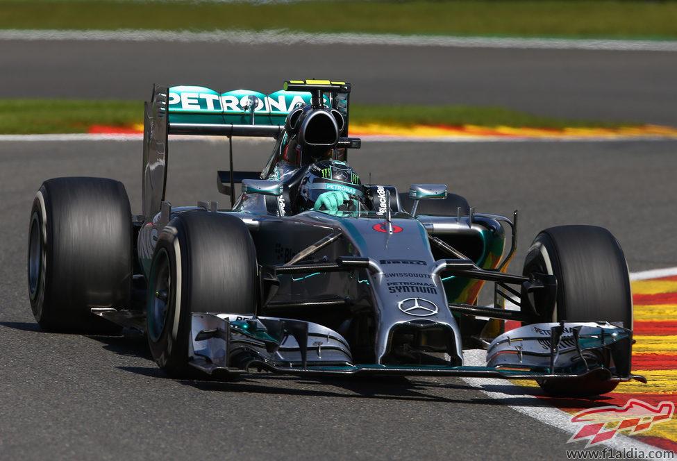Nico Rosberg sembró la polémica en Spa