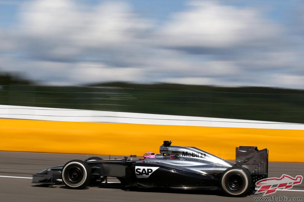 Sexta posición para Jenson Button en Bélgica