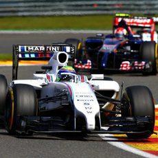 Felipe Massa no tuvo buena suerte en Spa