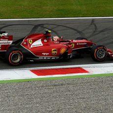 Kimi Räikkönen acabó contento el viernes en Monza