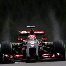 Romain Grosjean tuvo alguna salida de pista leve