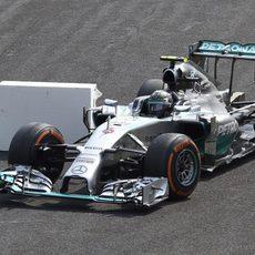 Nico Rosberg se salta la segunda chicane de Monza