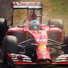 Fernando Alonso abandona en Monza