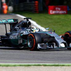 Lewis Hamilton se recuperó de su mala salida
