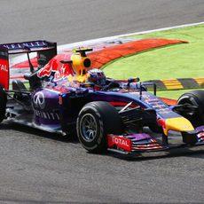 Daniel Ricciardo protagonizó una buena remontada