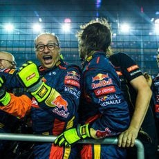 Toro Rosso celebrando el sexto puesto de Vergne en el GP de Singapur