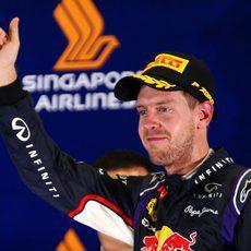 Segundo puesto en Marina Bay para Sebastian Vettel