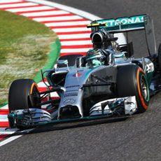 Nico Rosberg acabó contento el primer día de trabajo