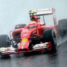 Kimi Räikkönen no logró puntuar en Japón