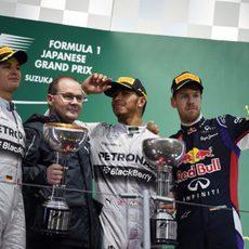 Hamilton, Rosberg y Vettel celebran sus posiciones