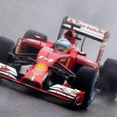 Fernando Alonso solamente sumó dos vueltas en Japón
