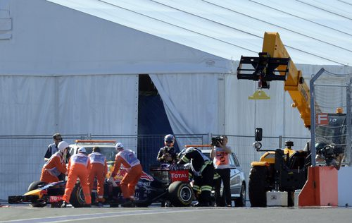 Daniel Ricciardo rompe su motor al final de los L2