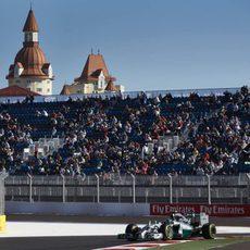 Nico Rosberg rueda ante el público ruso