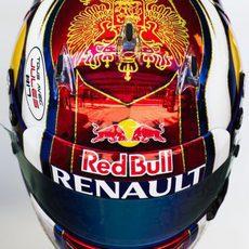 El casco de Kvyat para este fin de semana