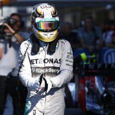 Lewis Hamilton tras conseguir la pole en la clasificación del GP de Rusia