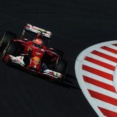 Kimi Raikkonen lucha por marcar tiempo en el GP de Rusia
